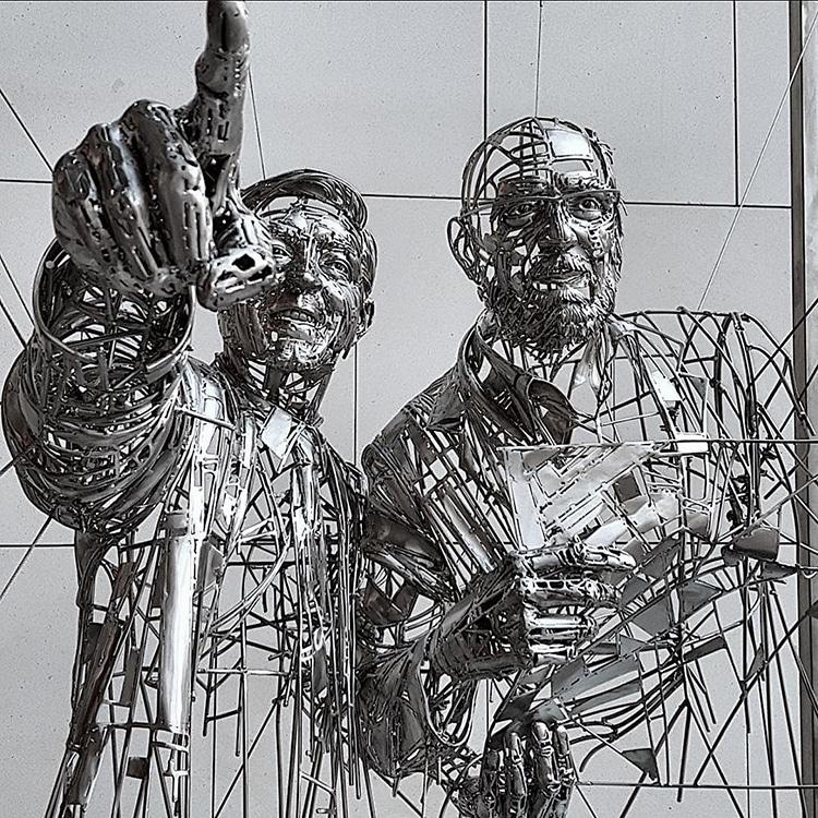 Figurative Metal-Work Sculptures By Jordi Díez Fernández