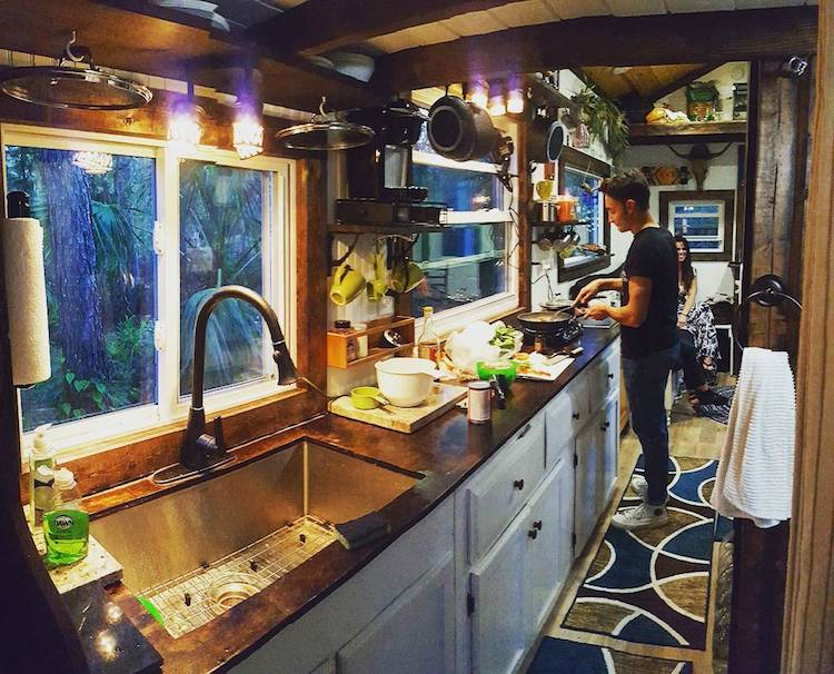 Rolling Quarters Tiny Home on Wheels