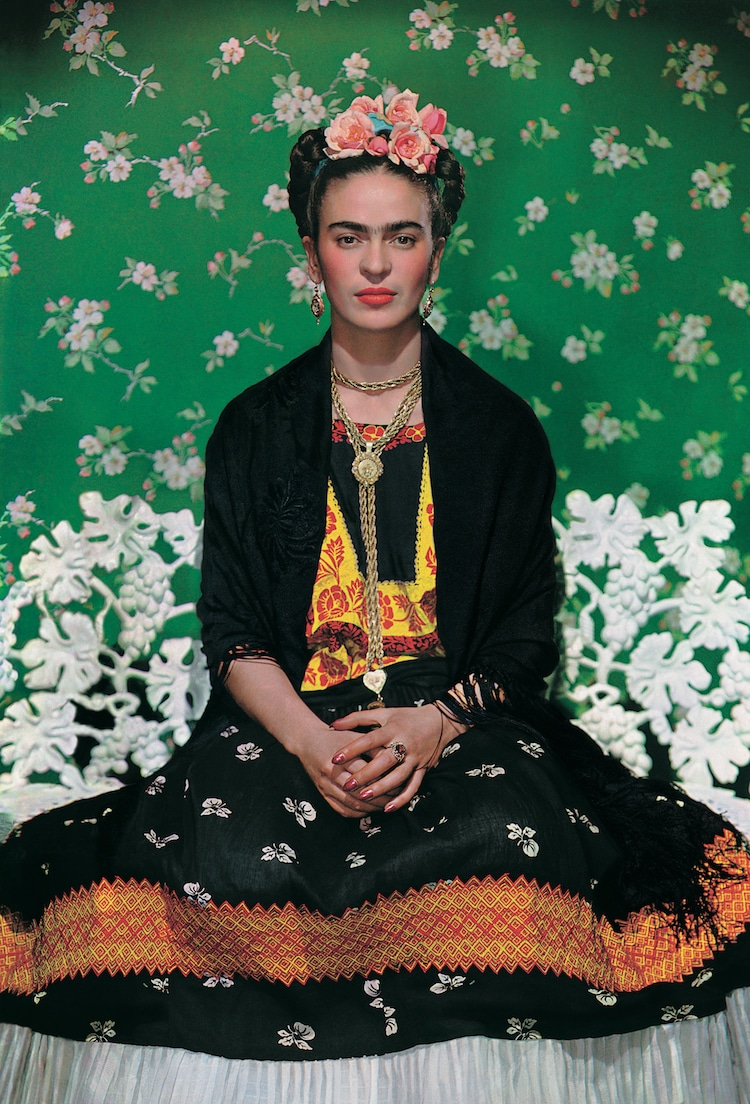 Frida Kahlo Exhibit Making Her Self Up Frida Kahlo Clothing V&A Museum