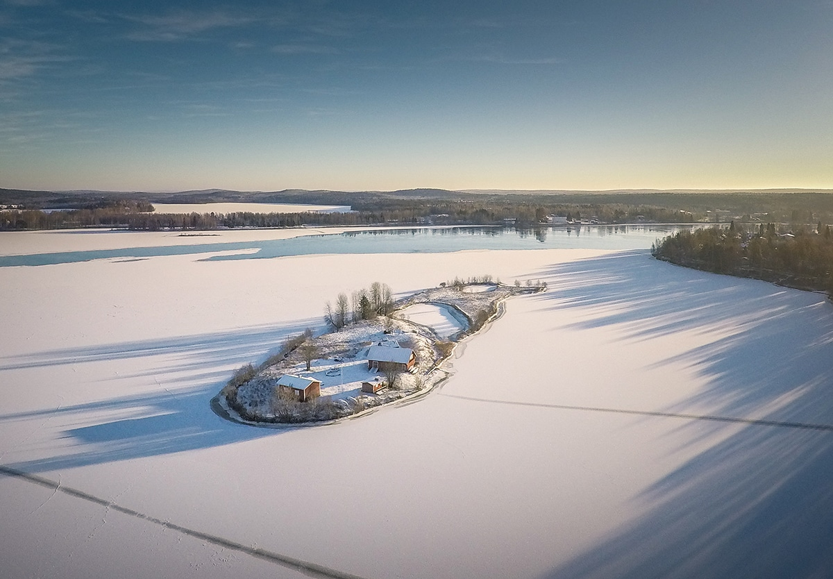 Kotisaari Island in Lapland by Jani Ylinampa