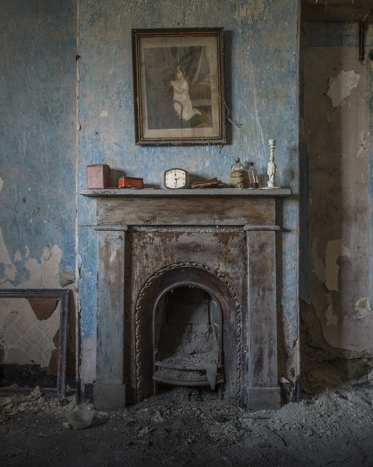 Photo of Abandoned House by Matt Emmett