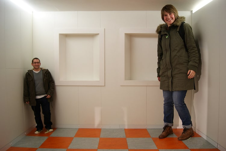 Ames Room Illusion Explained
