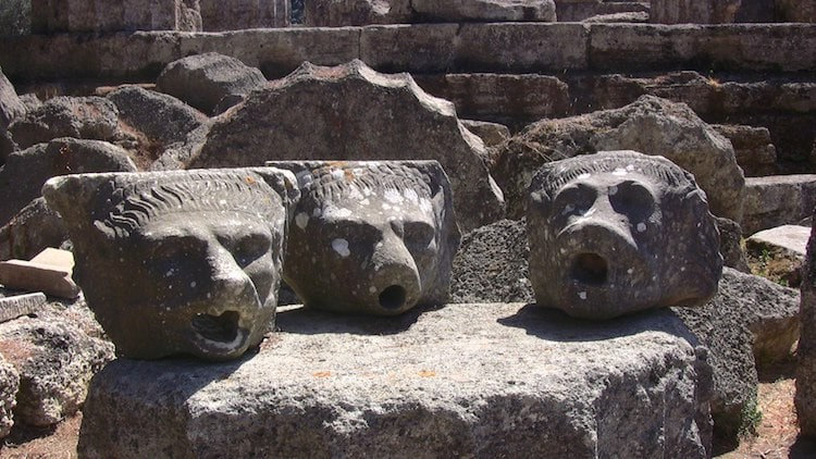 What is a Gargoyle Gargoyles and Grotesques Chimera