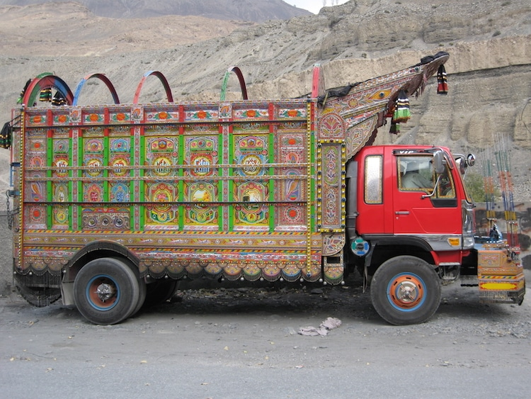 Jingle Truck - Truck Art in Pakistan