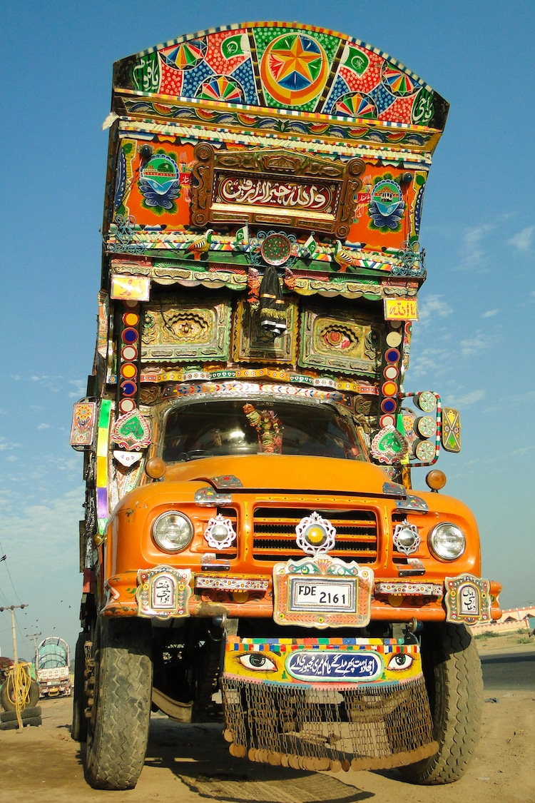 Pakistan Painted Trucks