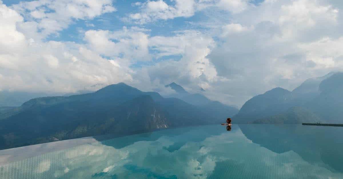 sights   topas ecolodge   infinity pool