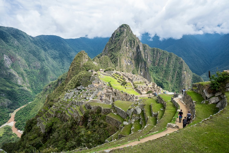 Macchu Picchu - Seven Wonders of the World
