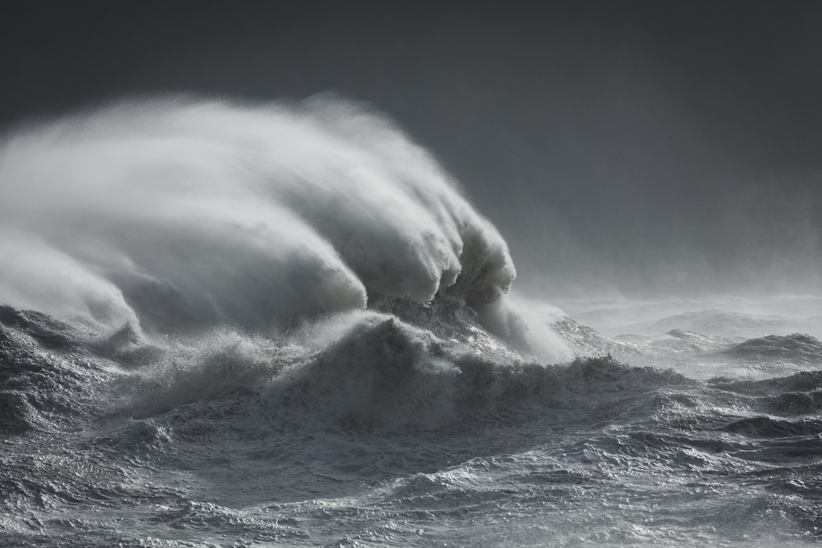 Photo of a wave by Rachael Talibart
