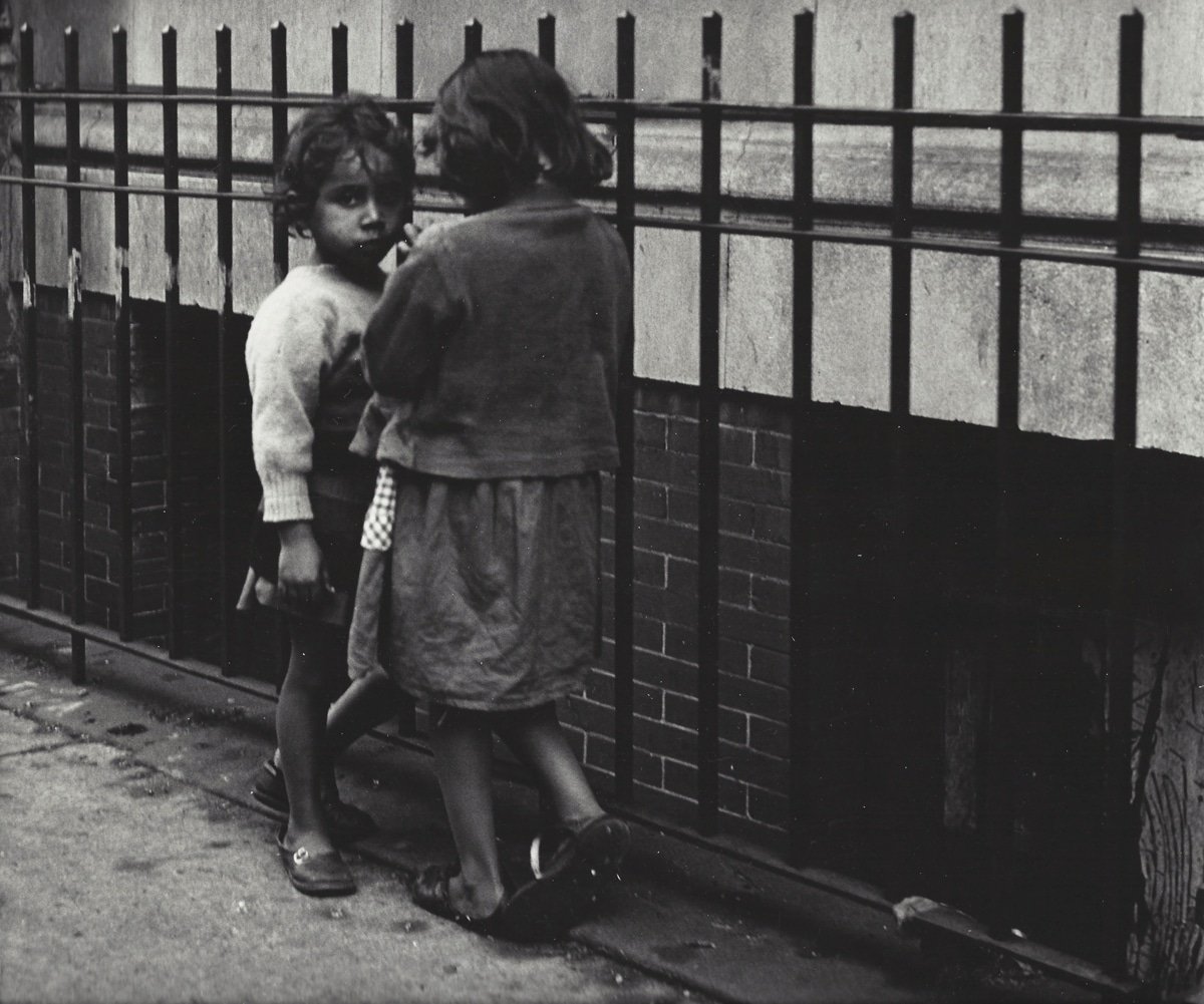 Vivian Cherry Street Photography