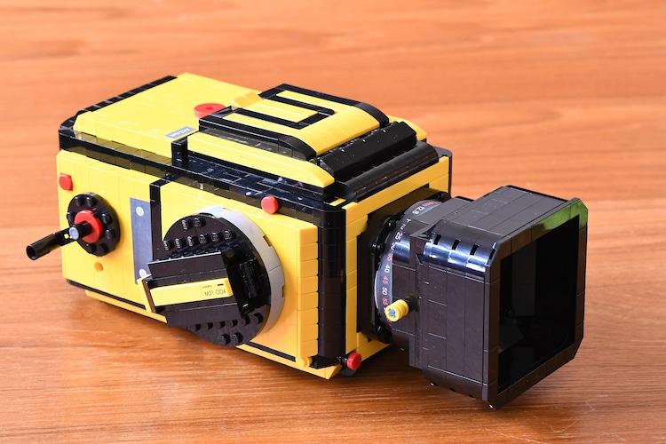Designer Creates Functioning LEGO Camera Based on a Hasselblad
