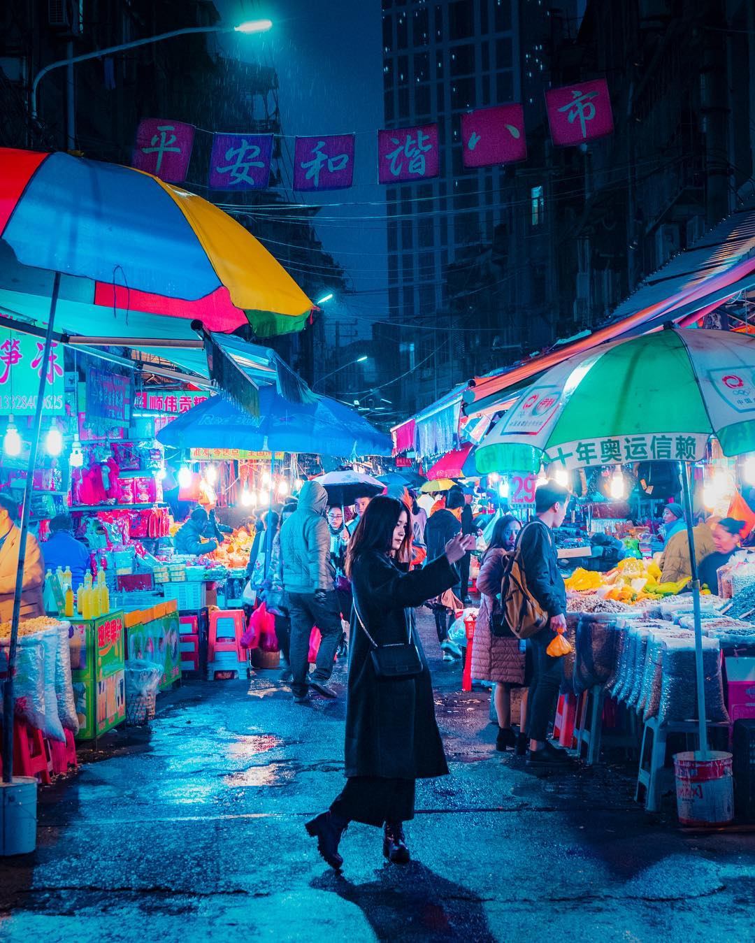 Night Photography Hong Kong by Victor Chiang