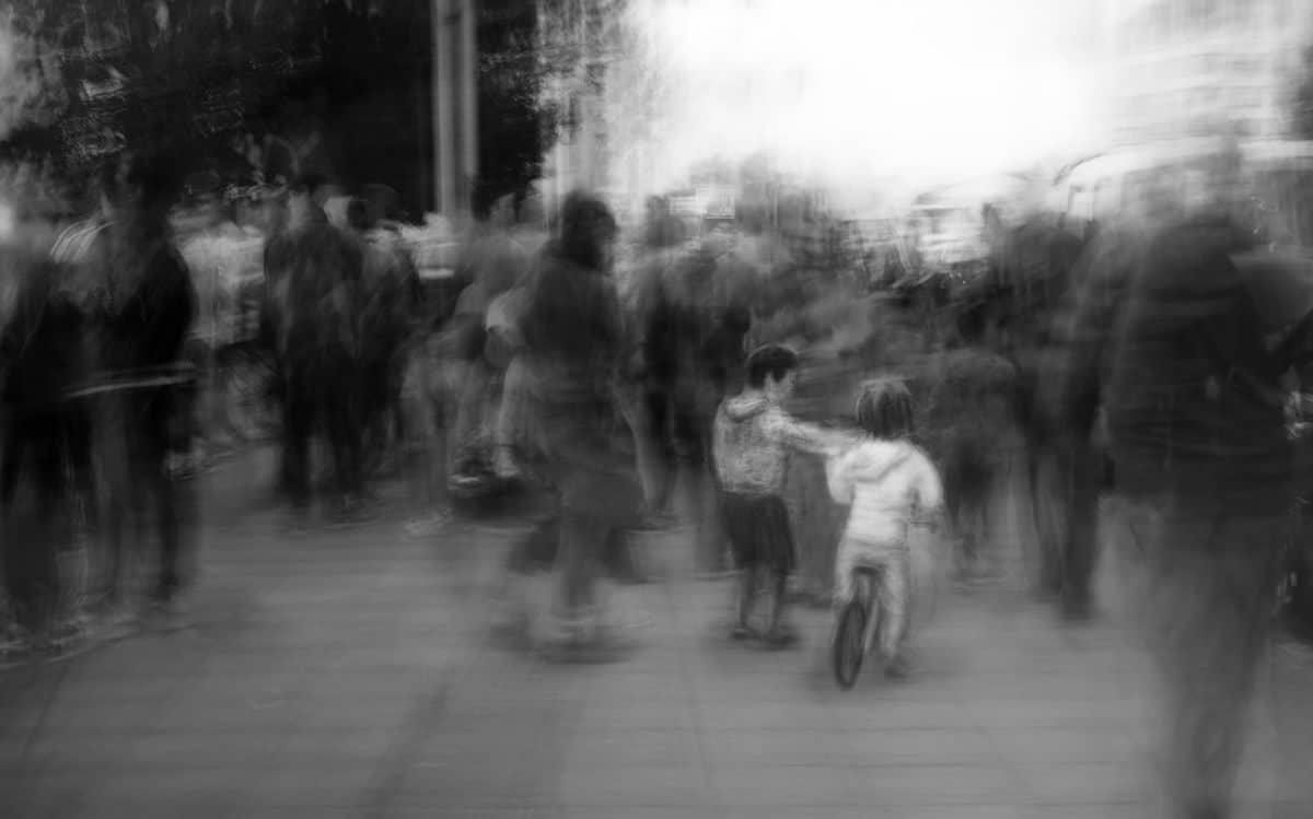 Artistic Street Photography by Eduardo Asenjo Matus