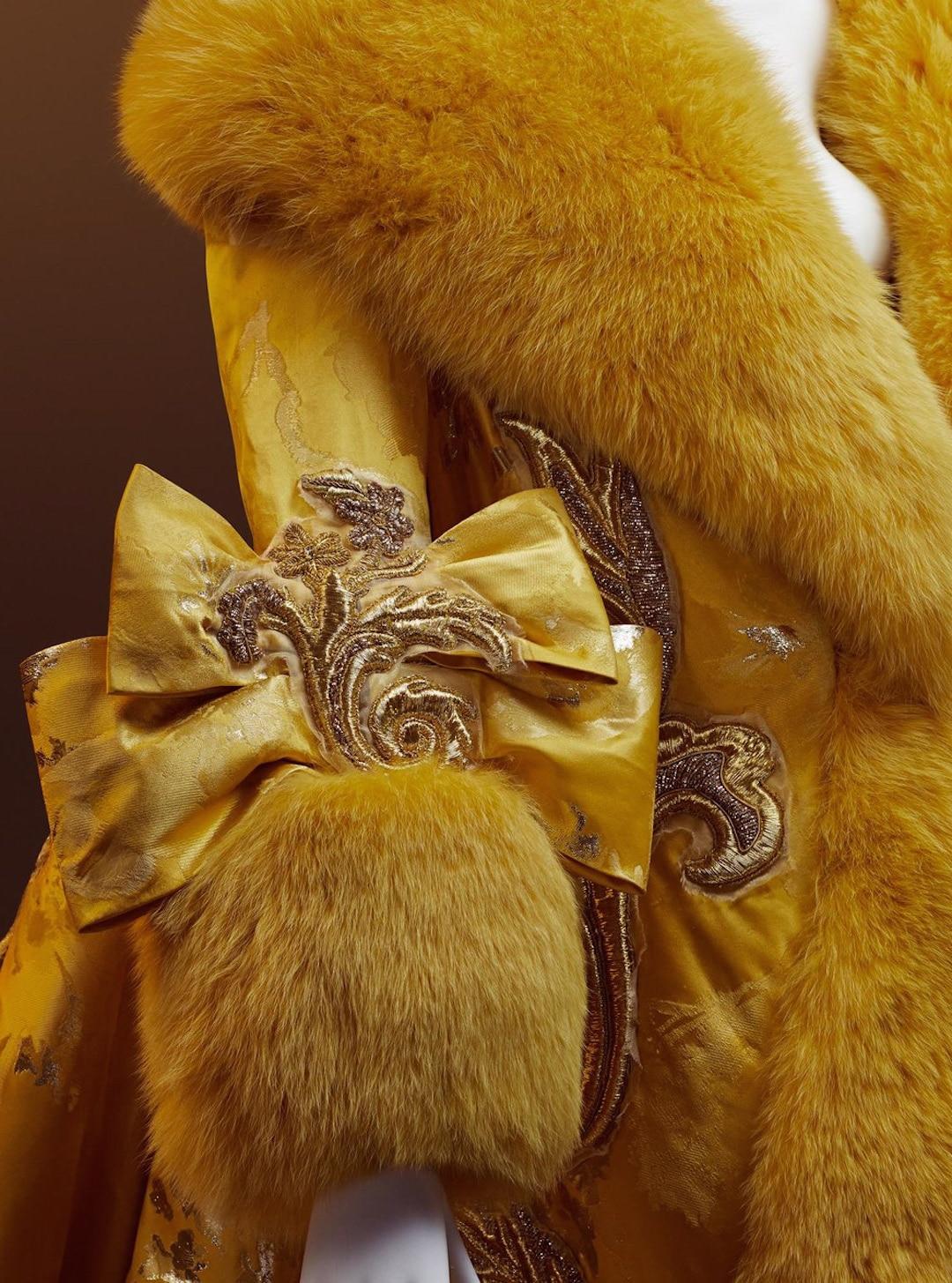 Prendas de alta costura de Guo Pei por HOWL Collective