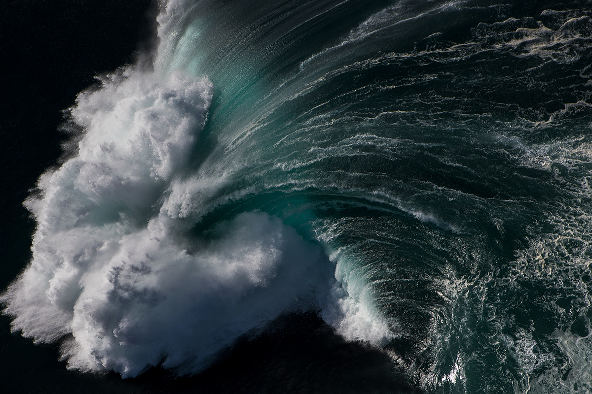 Wave Photography by Ray Collins