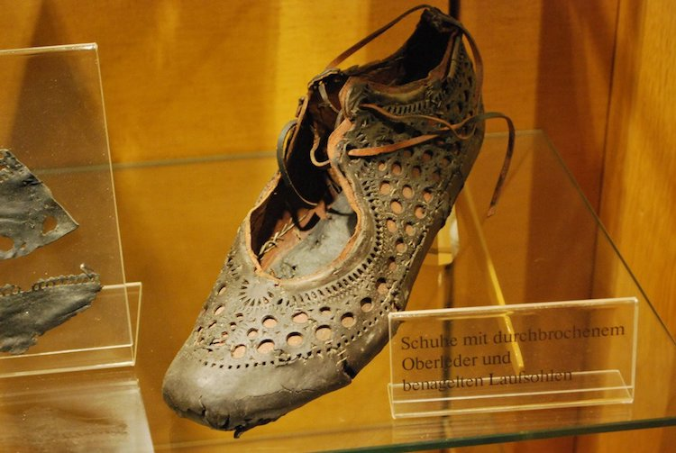 Ancient Roman Shoes for Women