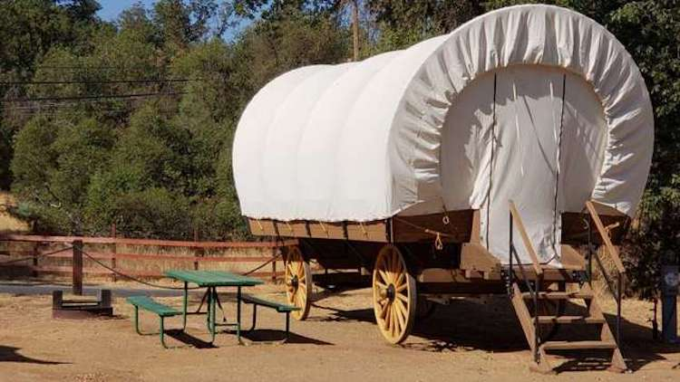 Yosemite Pines Covered Wagon Trailer
