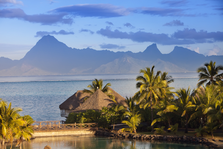 United Airlines Tahiti Vacation Contest