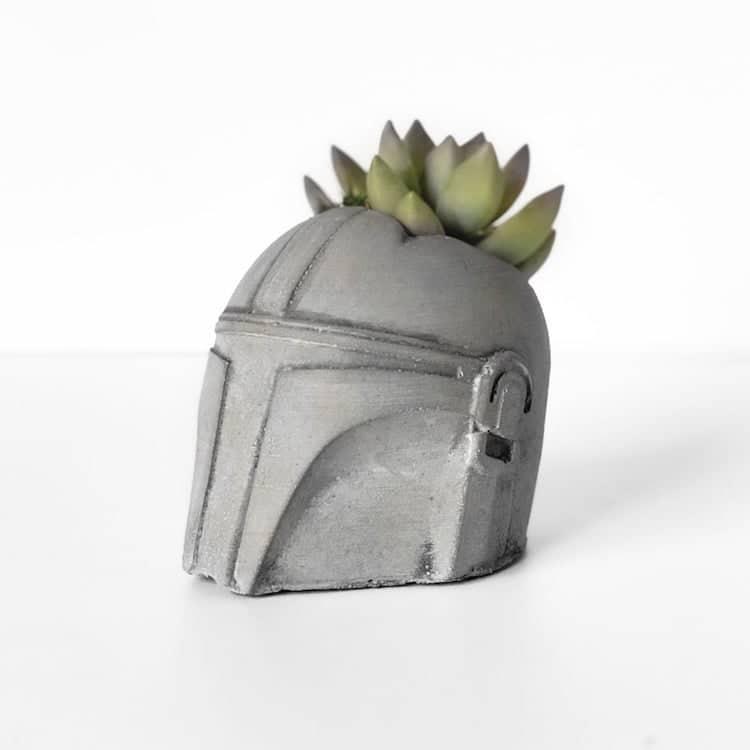 Cache-Pot Mandalorien