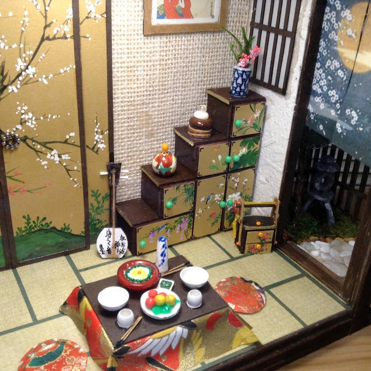 Traditional Japanese Houses Dioramas by Simon Lo