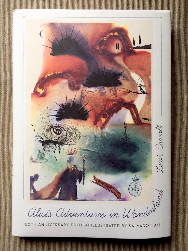 Alicia en el país de las maravillas de Dalí
