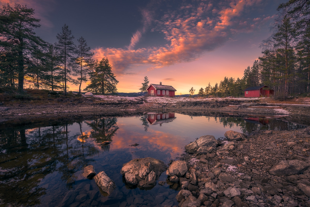 The Red Cabin Series by Ole Henrik Skjelstad