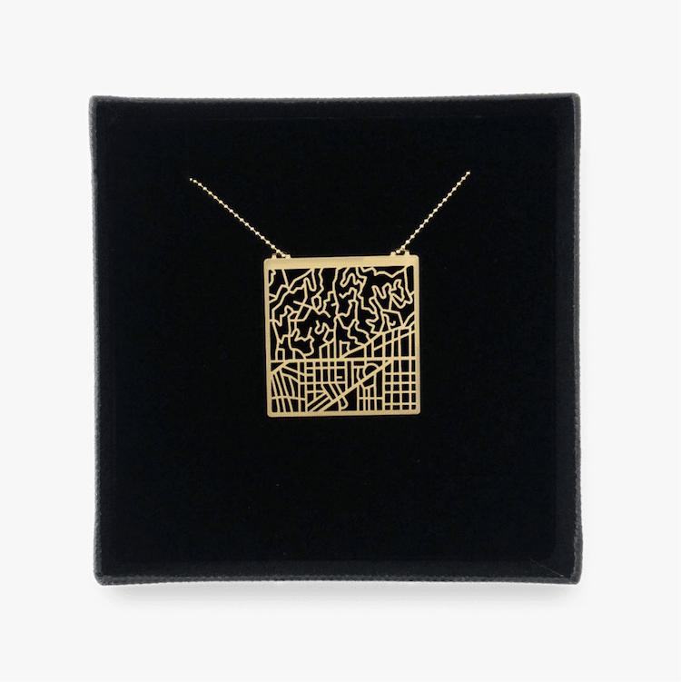 Collar Abstracto Colgante de Los Ángeles Talia Sari