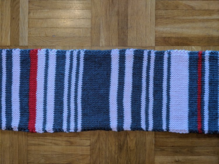 Rail Delay Scarf Claudia Weber