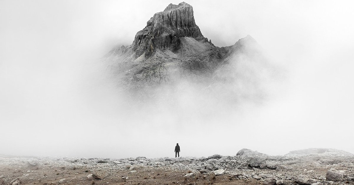 Photographer Captures the Feeling of Being Small in the Face of Nature