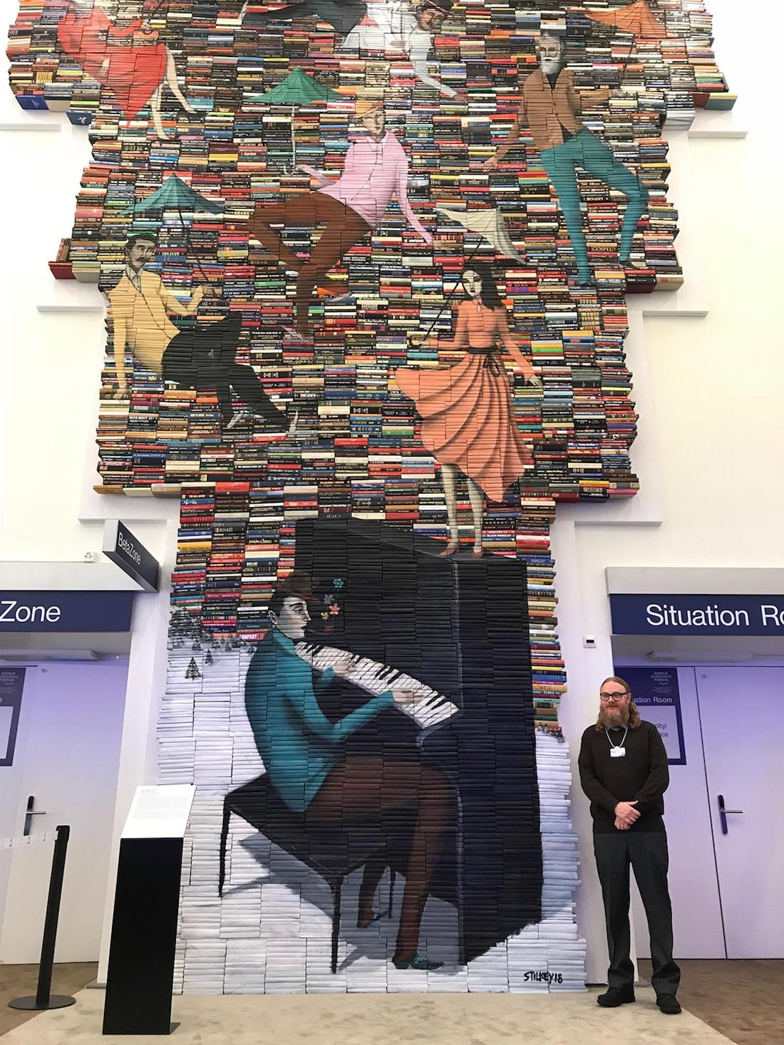 Mike Stilkey escultura de libros arte con libros