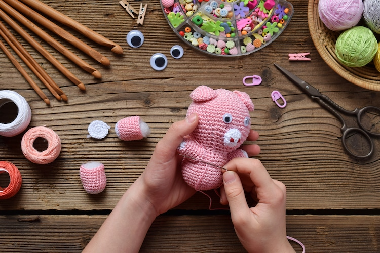 Resizing Amigurumi | PlanetJune by June Gilbank: Blog | 500x750