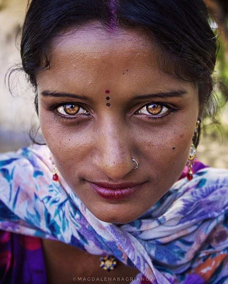 India Portrait Photos by Magdalena Bagrianow