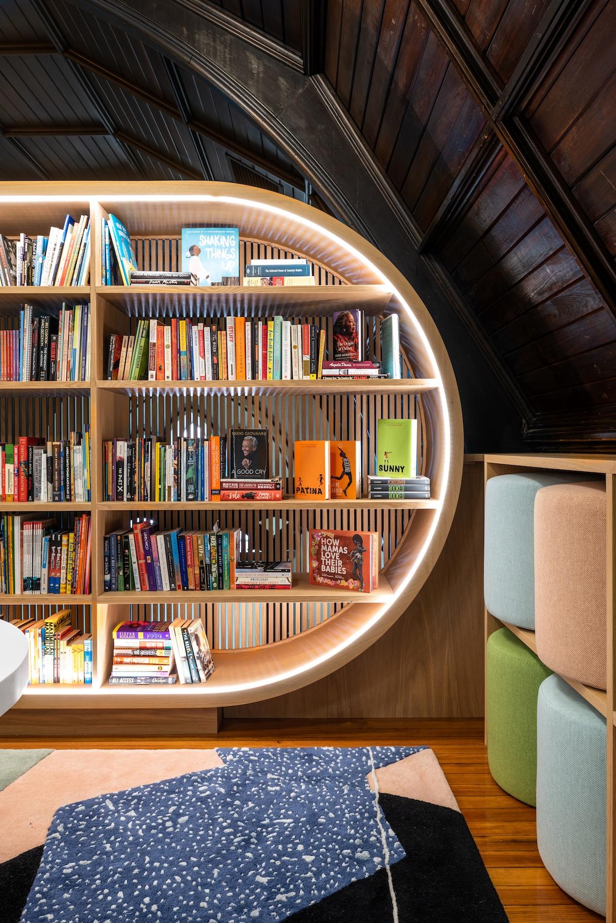 Arquitectura biblioteca para niños por MKCA