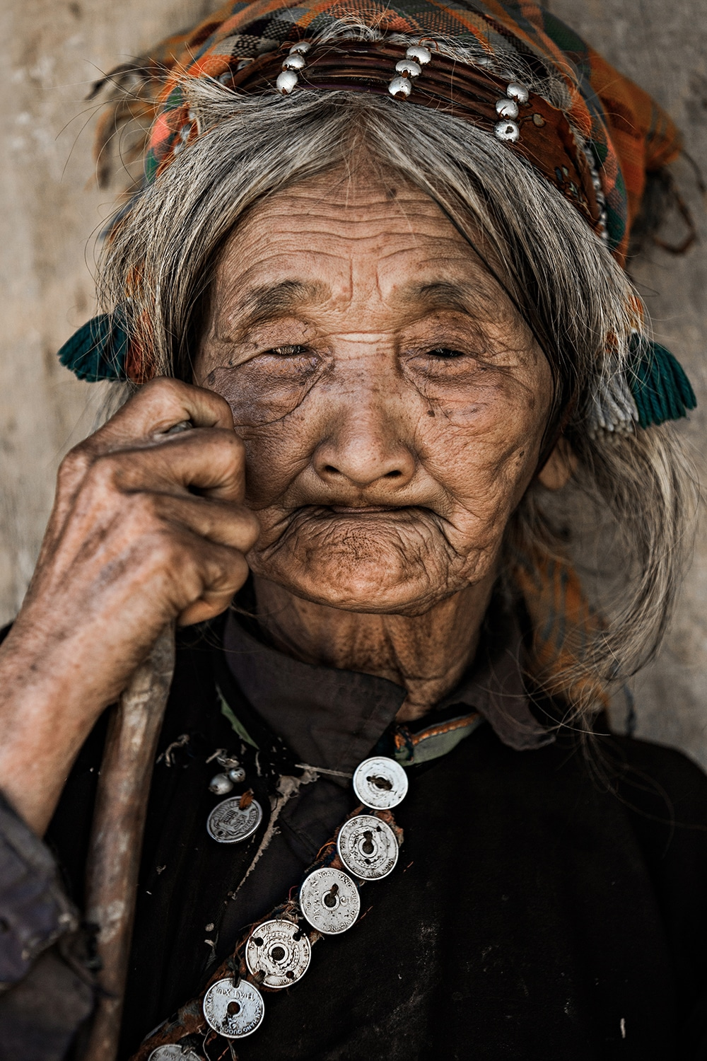 Portrait of woman from La Hu Ethnic Tribe in Vietnam by Réhahn