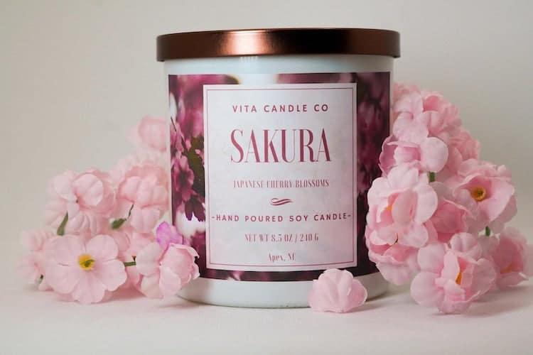 Vela de soya de flor de cerezo