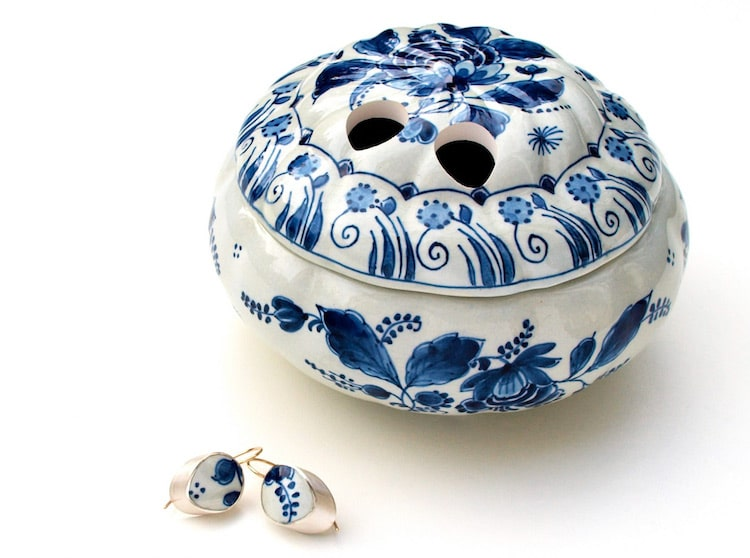 Ceramic Jewelry by Gesine Hackenberg