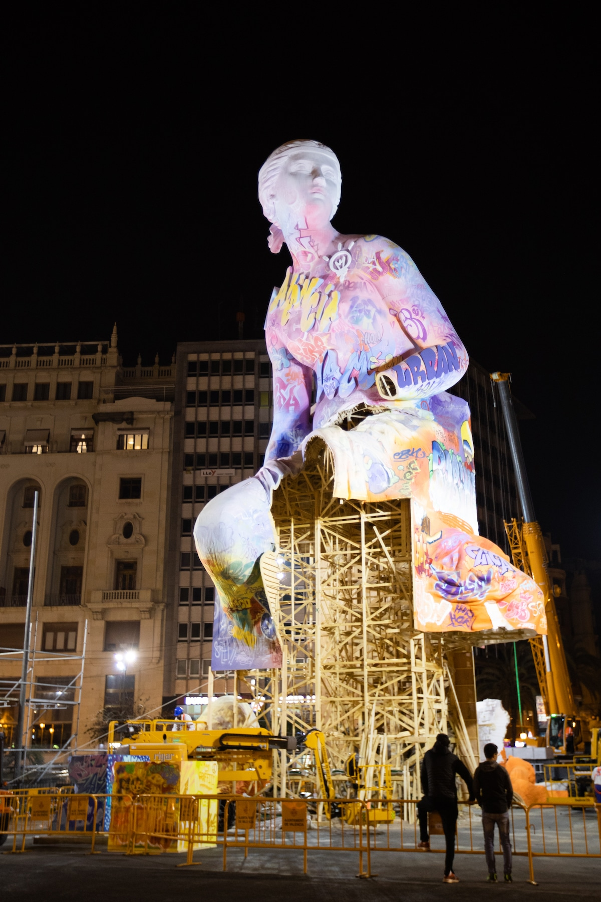 Installation of the 2019 Falla Mayor by PichiAvo