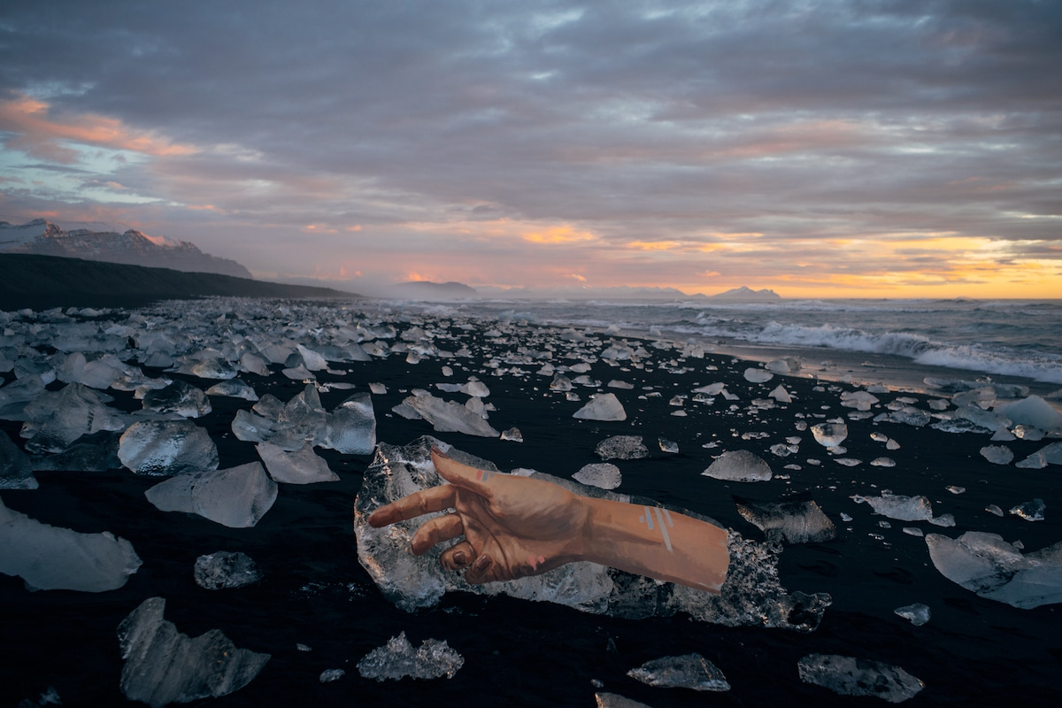 Painting on ice by Sean Yoro