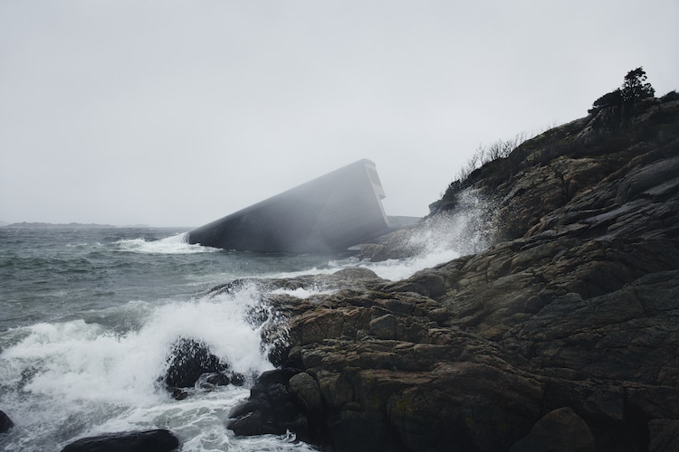 Restaurante submarino en Noruega por Snohetta