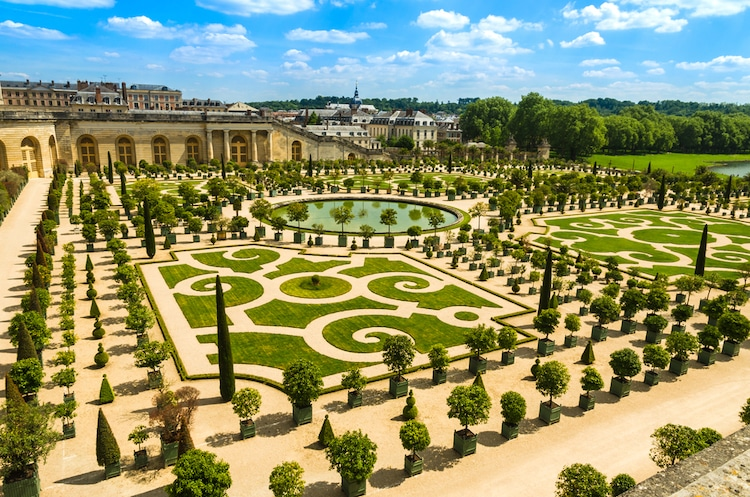 Versailles Gardens - Most Beautiful Garden in the World