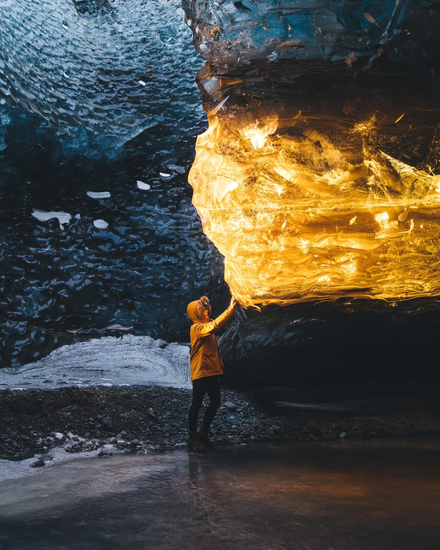 Cuevas de hielo de Islandia por Sarah Bethea