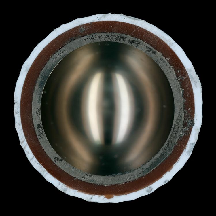 Interior de una bola de golf por James Friedman