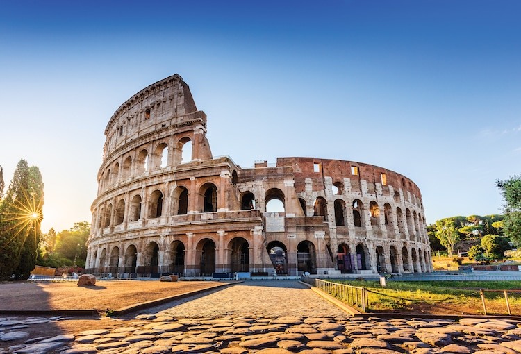 6 Surprising Facts About the Colosseum in Rome, Home of the Gladiators