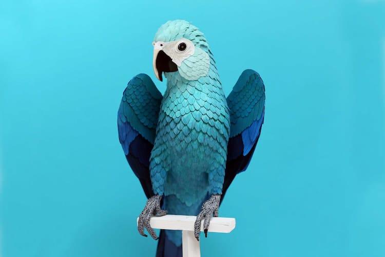 Escultura de papel de ave