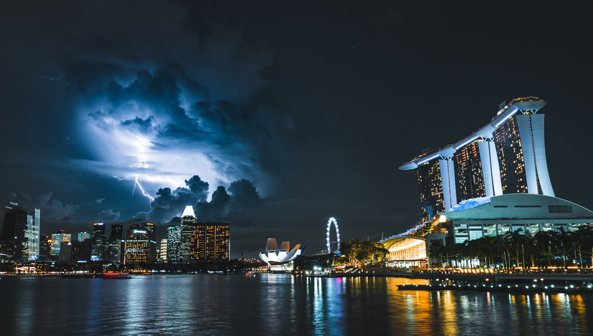 Nighttime in Singapore by Teemu Jarvinen