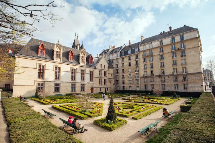 Hotel de Sens Garden