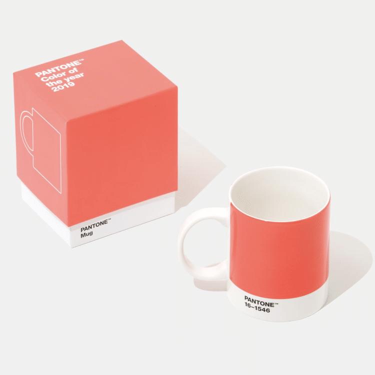 taza pantone color del año 2019