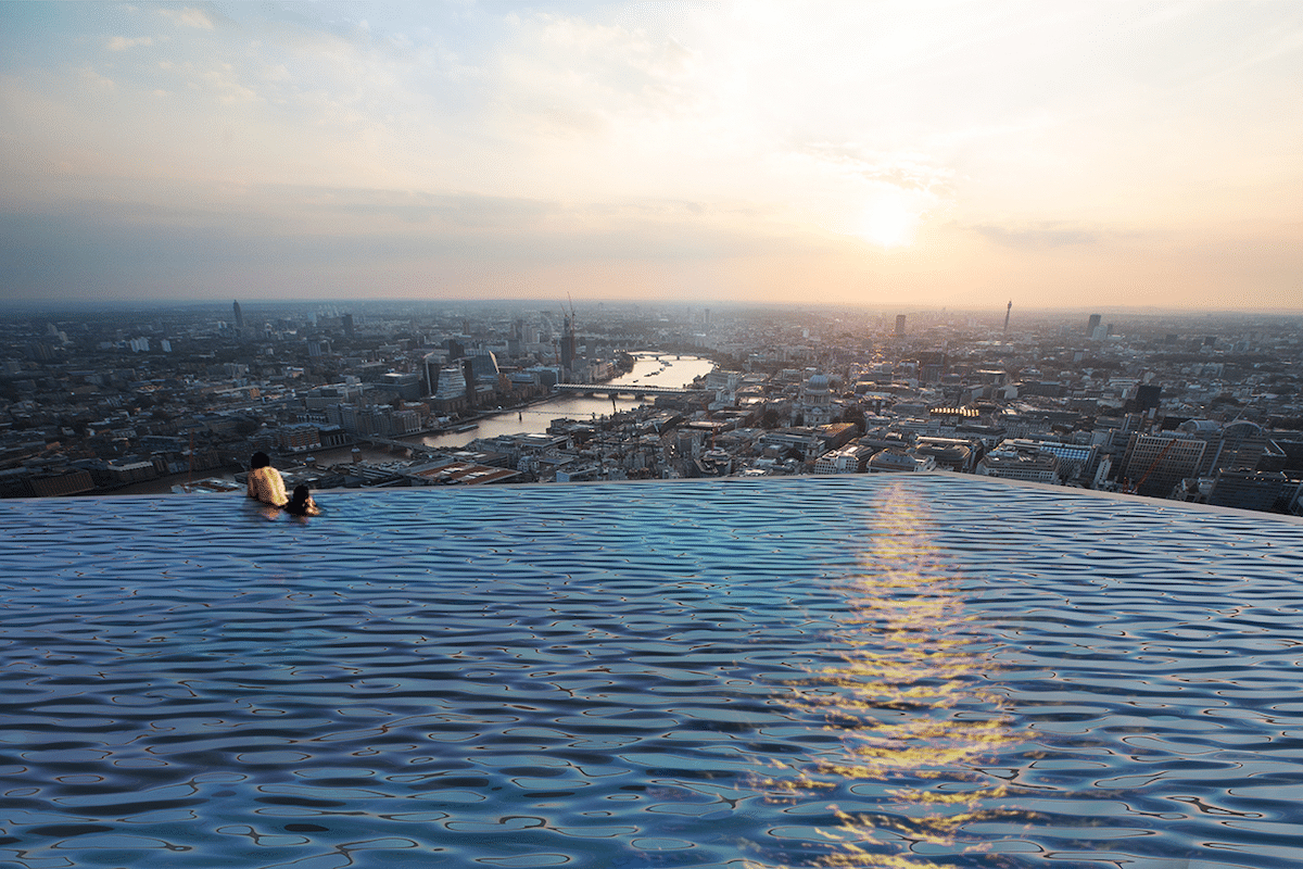 360-Degree Infinity Pool in London by Compass Pools