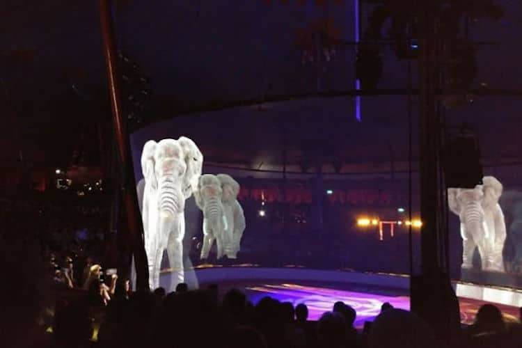 Circus Roncalli hologramas