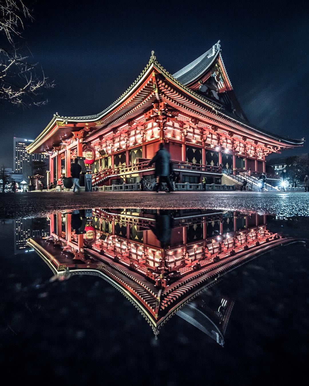 Tokyo Nightlife Photography by Hosokawa Ryohei