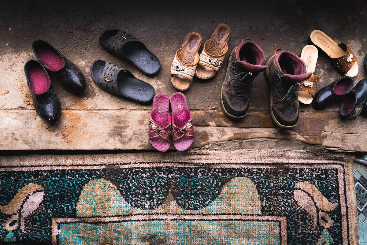zapatos en Kirguistán